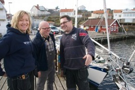 When customers come to Ellös to see their boat during refit is a great opportunity for a new friendship: Anna, Rudolf and Carl having fun while talking refit