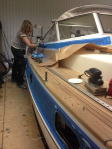 Anna having started to work on the blue stripes after Rudolf's and Doris' visit to Ellös
