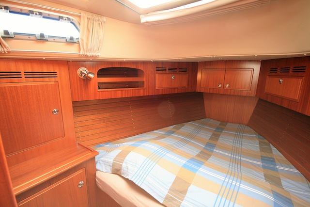 10-frontcabin-i-dolci-topview